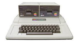 Apple在1978年6月推出了第一个操作系统Apple DOS 3.1