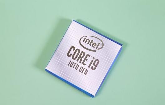 英特尔于2018年4月发布了i9-8950HK