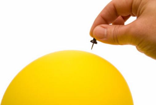 互联网泡沫在2000年开始破裂