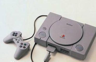 索尼于1994年12月3日在日本发布了PlayStation游戏机