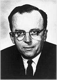 """1963年,J. C. R. Licklider与同事探讨探讨""""星系间计算网络""""这一概念"""