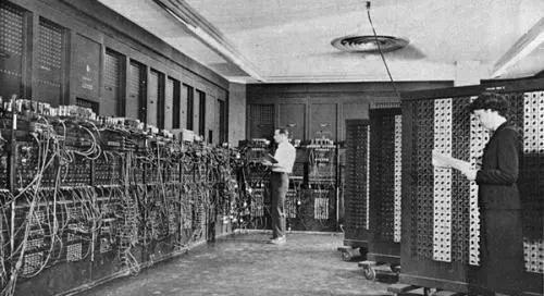 1946年2月14日:世界上第一台通用计算机ENIAC诞生