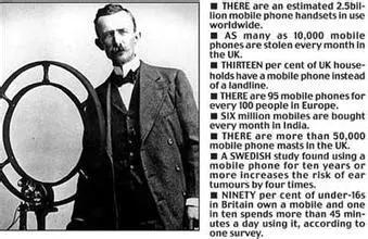 """1902年,内森·斯塔布菲尔德发明了最早的移动电话。是对""""手机的最早研究"""""""