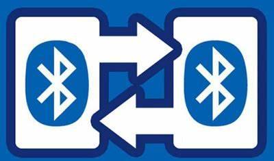 1994年,爱立信发展出蓝牙(Bluetooth),1998年首次推出规范0.7