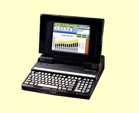 1990年,东芝推出世界上第一台STN彩色笔记本T5200C,开启笔记本彩色显示时代